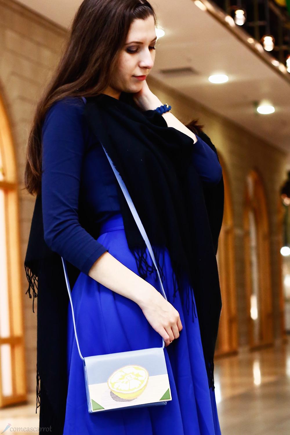outfit_comeascarrot_blue_midi_benedetta_bruzziches_lemon_05-2
