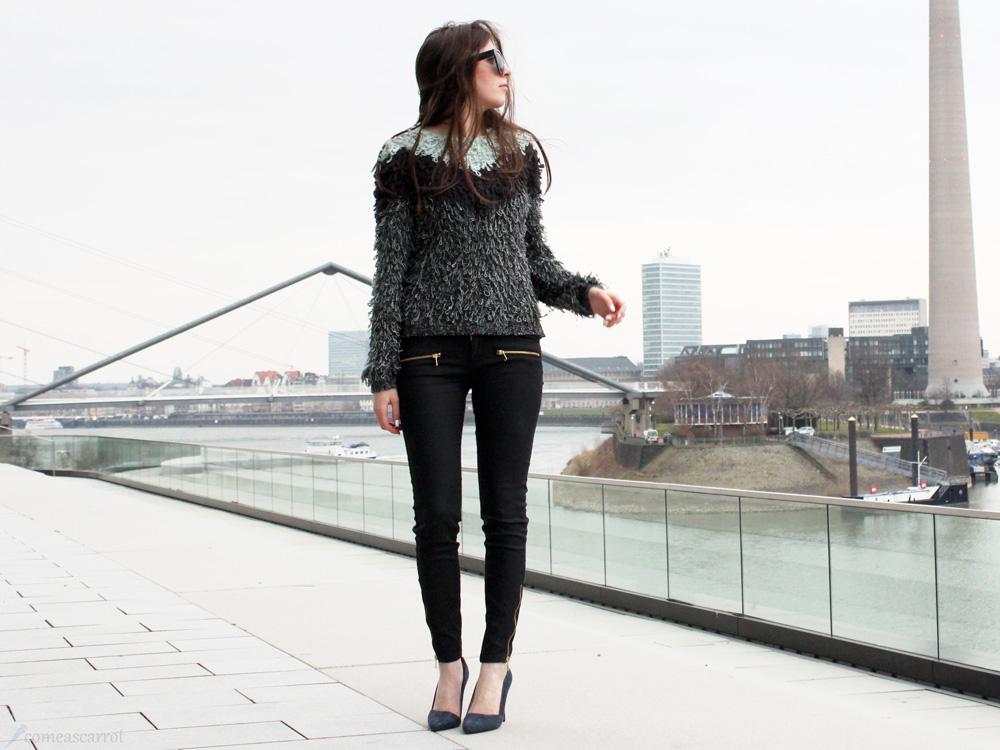 outfit, fluffy, knit, düsseldorf, medienhafen, forever 21, edited, vila