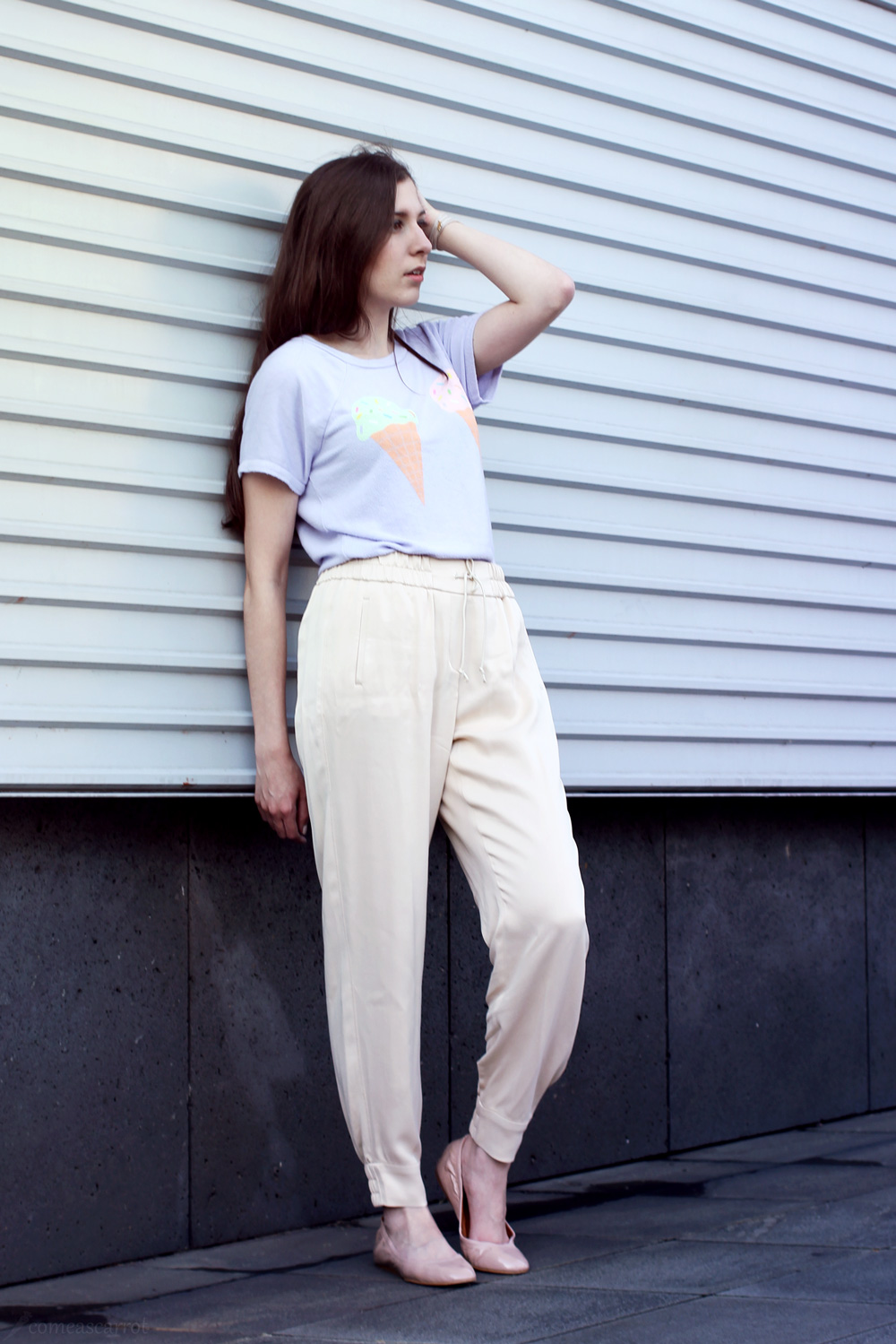 outfit, joop, harem, silk, pants, wildfox, shirt, pretty, soft, pastel, trend, wie trägt man pastell
