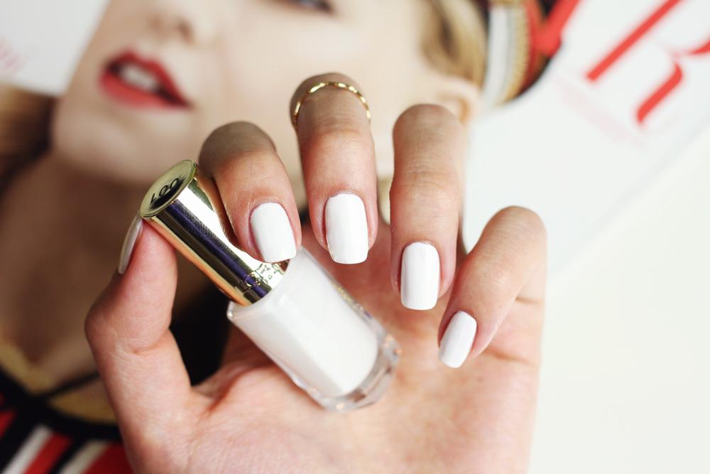 manicure, weisser nagellack, vergleich, chanel, essie, l'oréal snow in megeve
