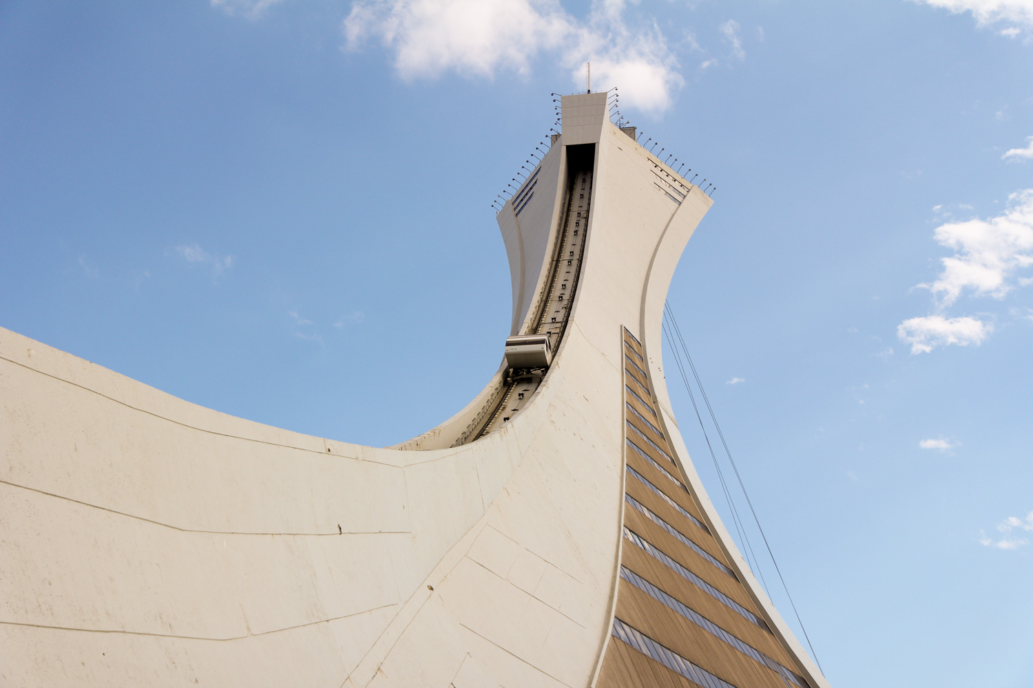 outfit, travel, montreal, stade olympique, olympiastadion, olympic, stadium