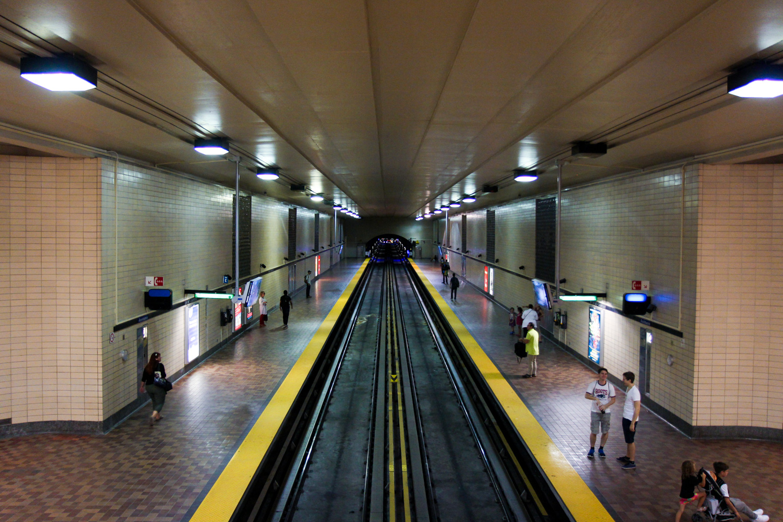 montreal, canada, travel, reise, tipps, fashion blog, sighseeing, sehenswürdigkeiten, saint laurent, metro, underground, u-bahn