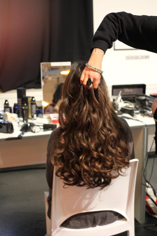 ghd, hair, trends, haar, trend, platform fashion, winter 2016, düsseldorf, runway, fashion week, hair styles, fashionblog, düsseldorf, essen, modeblog, fashion, mode, beauty, good hair day, locken, wellen, glamour waves
