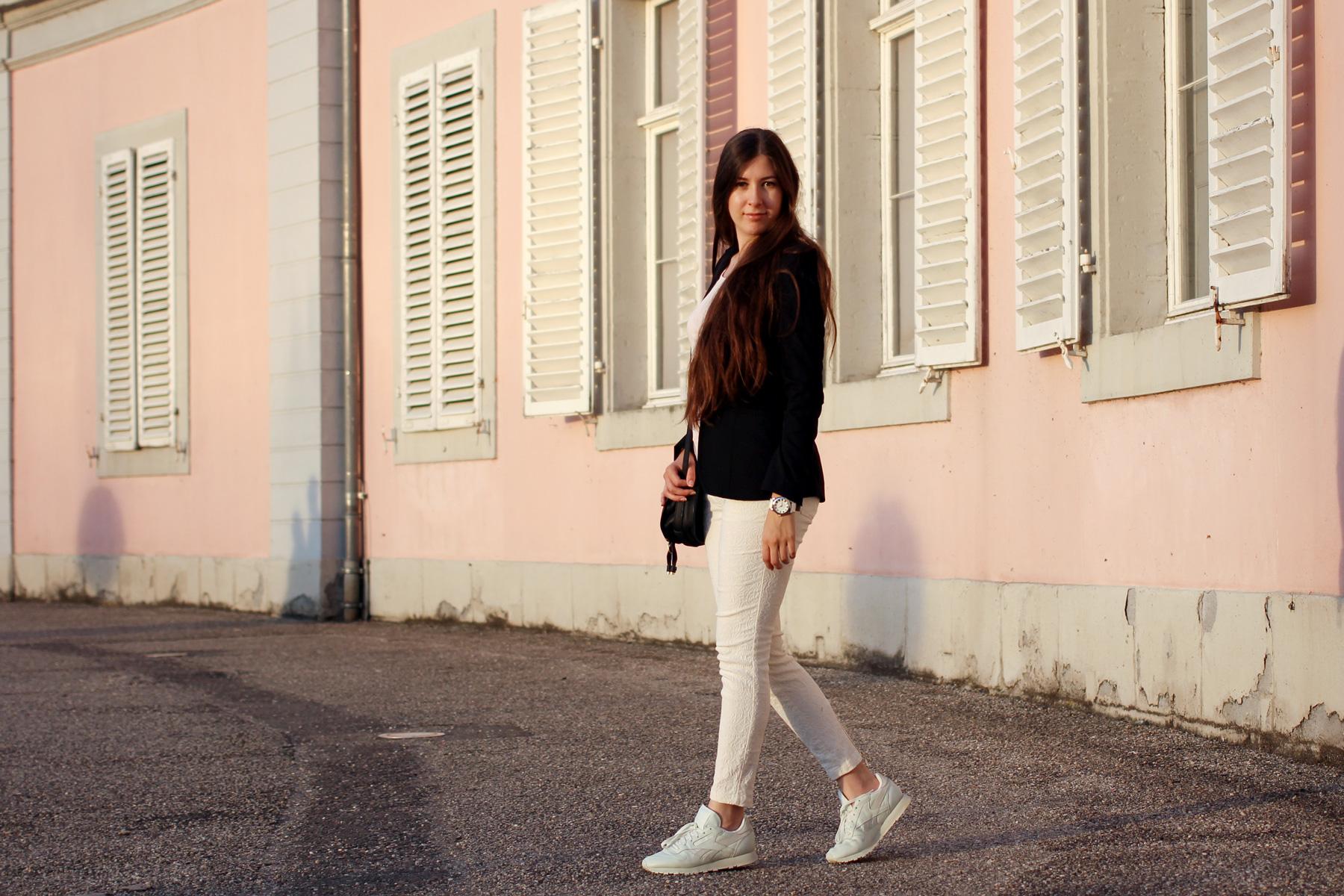 office, outfit, reebok classics, reebok, sneaker, Reebok x FACE Stockholm, mint sneaker, blazer mit sneaker, casual office look, pastels, chloe marcie, chloegirls, #chloegirls, fashionblog, fashionblogger, fashion, blog, blogger, düsseldorf, modeblog